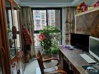 骏明国际四室两厅,复式结构,使用面积130多平方,精装修,拎包入住,车位另售