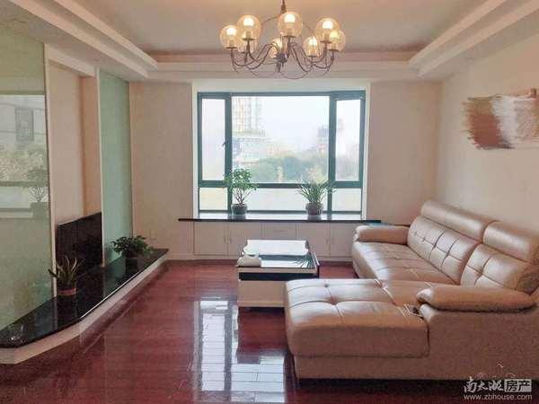 星海名城3楼 5楼,115.6平方三室朝南良装,北面有20平方露台一口价166万