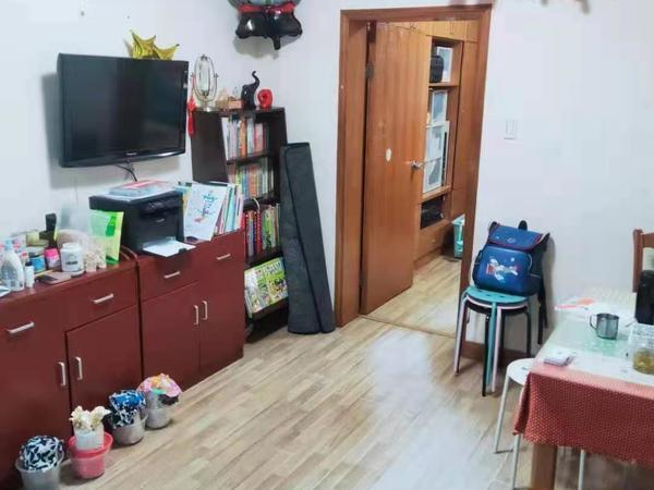 出租文苑社区2室1厅1卫52平米1300元/月可商议首次出租