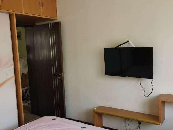 西白鱼潭55平4楼精装修小区位置好独立车库1950月有钥匙