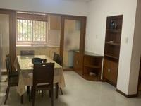 潜庄车库上1楼边套,111平,三室二厅一卫一储藏室,居家精装,169.8五