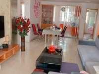 金龙家园婚装修,黄金楼层,三居室,家具齐全,拎包入住,满两年