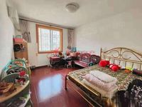 潜庄公寓4楼面积130平三室两厅两卫车库特大