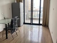 市中心 天元颐城中间楼层 两室良好装修 明厨明卫 南北通透 满两年 随时看房