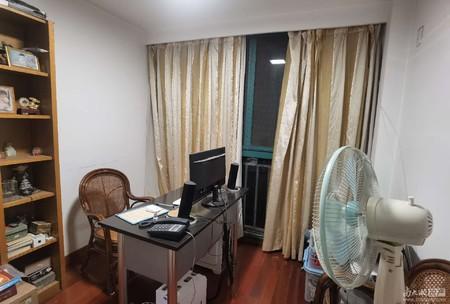 市中心地段 竹翠园 中间楼层 三室自住装修 户型好 南北通透
