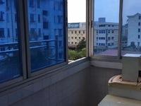 吉北 4楼 57.9平, 简装 ,二室一厅,两室朝南,独立车库约5平,95.6万