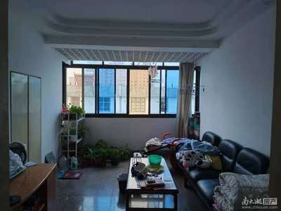 塔下街 6楼顶楼63平两室两厅一卫 良装 家电齐全报价1400看中可协