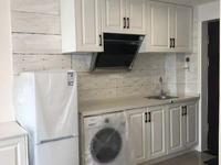 国宾府黄金楼层,面积40平米,精装修,全新家具家电,拎包入住,价2000元/月