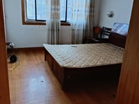 本店出租 : 车站新村2楼,60平米,车库独立,二室一厅,良装,1350元/月